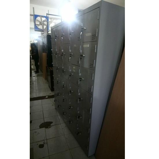 tủ locker sắt 30 ngăn thanh lý giá rẻ